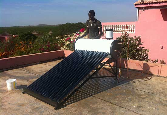 chauffe eau solaire comment installer. Black Bedroom Furniture Sets. Home Design Ideas